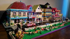Lego Friends Street by Anita (tikitikitembo) Lego Girls, Lego For Kids, All Lego, Lego Lego, Lego Batman, Lego Ninjago, Lego Minecraft, Minecraft Buildings, Lego Friends Party