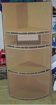 """un meuble d'angle, avec la méthode dite """"des boites"""". J'ai mis 6 heures pour faire ça, mais..."""