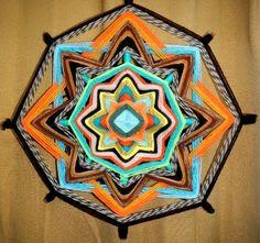 Mandala tissé: Œil de Dieu  « Joie de vivre» made in Yurtao.   «L'Oeil de Dieu» est le symbole de tout ce que l'œil humain ne peut connaître, qui lui est inacce - 19221255