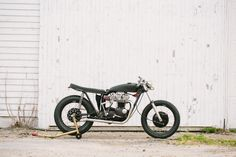 TSY TRAMP TRIUMPH MOTORCYCLE PHOTO