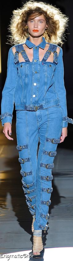 House of Holland Spring Summer 2010 Ready-To-Wear Summer 2016, Spring Summer, Trendy Jeans, Denim Fashion, Womens Fashion, House Of Holland, Denim Jeans, Ready To Wear, Shirt Dress