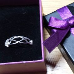 Gorgeous silver Celtic Ring comes in a gift box for Christmas or for yourself!