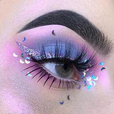 Lila Augen Make-up – Credits des Künstlers Purple eye makeup up – artist credits Makeup Eye Looks, Eye Makeup Steps, Eye Makeup Art, Makeup Set, Pretty Makeup, Makeup Inspo, Eyeshadow Makeup, Makeup Inspiration, Makeup Ideas