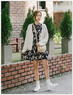 10WORLD - Tie-Front Floral Print Dress