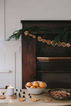 oranges. natural and simple christmas decor.