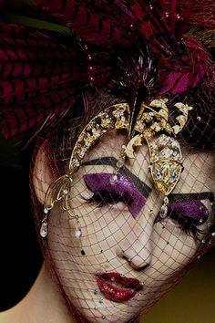John Galliano for Christian Dior Fall Winter 2006 Haute Couture John Galliano, Runway Makeup, Eye Makeup, Drag Makeup, Makeup Geek, Christian Dior Makeup, Foto Fashion, High Fashion, Fashion Face