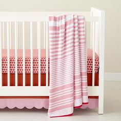 Baby Crib Bedding: Baby Pink Floral Print Crib Bedding in Crib Bedding