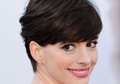 No post tendencias de hoje, falo sobre o cabelo curtissimo..  Tem varias fotos para vocês se inspirarem..  http://www.feminices.blog.br/tendencias-cabelo-curtissimo/
