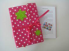 Simplesmente Ideias!...: Capa amovivel para os livros de uma menina...  Ca...
