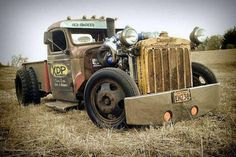 Hot Rods and Pin Ups. A huge collection of thousands of images of hotrods, hot rodding, drags, gassers, etc. From the most important early days to modern kustoms and street rods. Cool Trucks, Big Trucks, Pickup Trucks, Cool Cars, Dually Trucks, Truck Drivers, Chevy Trucks, Hot Rod Trucks, Chevy Pickups