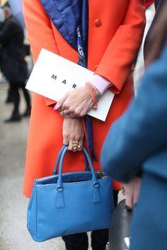 womensweardaily: They Are Wearing: Milan Fashion Week Photo by Kuba Dabrowski Milan Fashion Week Street Style, Milan Fashion Weeks, Street Style Looks, Orange Fashion, Flower Fashion, Girls Wear, Her Style, City Style, Fashion News