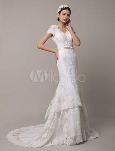 Robe de mariée sirène en dentelle ivoire à col V avec traîne