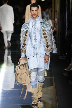 Balmain | Menswear - Spring 2017 | Look 13