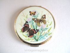 Hey, I found this really awesome Etsy listing at https://www.etsy.com/listing/203012689/stratton-powder-compact-butterflies