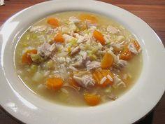 Hühnersuppe mit Reis, ein sehr leckeres Rezept aus der Kategorie Reis/Getreide. Bewertungen: 66. Durchschnitt: Ø 4,3.