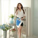 Blusa Blanca con flores y olas en cintura manga larga