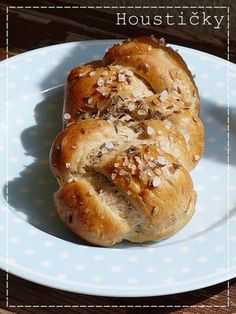 Kouzlo mého domova: Celozrnné housky s cibulkou a anglickou slaninou Czech Recipes, Russian Recipes, Ethnic Recipes, Healthy Cake, Pretzel Bites, Hot Dog Buns, Baked Potato, Baking Recipes, Ham