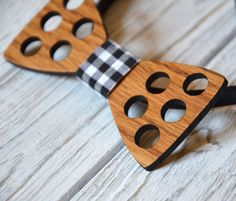 Wooden bowtie. Wedding party bowtie. Groomsmen. Men gift. Father day Dad gift