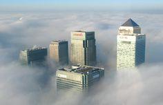 London_Docklands_in_Fog.jpg 463×300 pixels