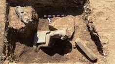 Sejmet diosa de la guerra y de la venganza, pero también la diosa de la curación.Una de las estatuas encontradas en el templo funerario de Amenhotep III (Ministerio Egipcio De AntigÜedad)