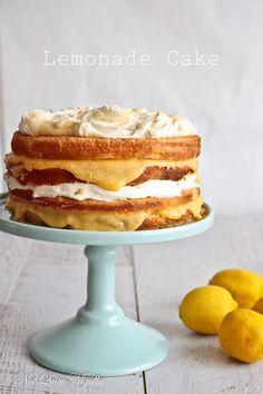 Cake Lemonade Cake Yummy looking - think I may do this for Easter.Lemonade Cake Yummy looking - think I may do this for Easter. Lemon Dessert Recipes, Lemon Recipes, Sweet Recipes, Cake Recipes, Spring Desserts, Just Desserts, Delicious Desserts, Cupcakes, Cupcake Cakes