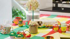 Faça um verdadeiro arraial na sua casa com essa decoração criativa, fácil de fazer e sem muitos custos   Centro de mesa de pipoca - Man...