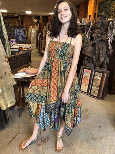 Mogul Interior Skye Women Halter Sundress Printed Handkercheif Hem Recycled Silk Sari Holiday Beach Dress S/M Bohemian Mode, Vintage Bohemian, Bohemian Clothing, Sari Dress, Boho Dress, Halter Sundress, Halter Neck, Halter Dresses, Böhmisches Outfit
