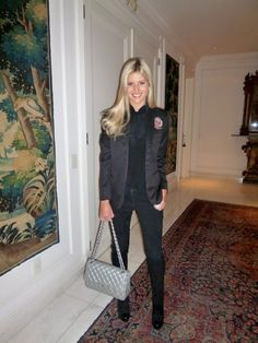 Look all Black . Lala rudge . Look de inverno . Winter . Chanel bag