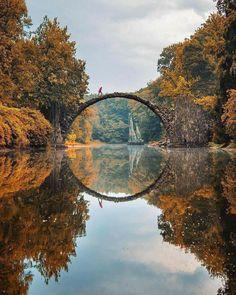 Puente espejo en Alemania