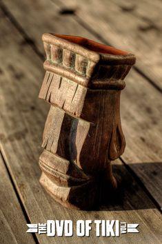 Tree Carving, Wood Carving Art, Tiki Totem, Tiki Tiki, Simple Wood Carving, Tiki Head, Tiki Statues, Tiki Decor, Pole Art
