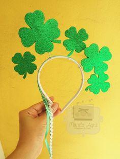 Tiara Diy, Carnaval Diy, Homemade Headbands, Fantasias Halloween, Dream Party, Crazy Hats, Luck Of The Irish, St Patricks Day, Decoration