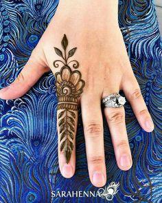 Ring Mehndi Design, Finger Mehendi Designs, Engagement Mehndi Designs, Mehndi Design Photos, Mehndi Designs For Fingers, Very Simple Mehndi Designs, Full Hand Mehndi Designs, Mehndi Designs Book, Beautiful Henna Designs