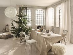 A mix and match Christmas table in shades of white and grey. Shades Of White, Mix N Match, Grey, Table, Christmas, Homes, Gray, Xmas, Tables