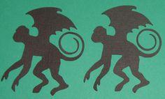 Flying Monkey - Wicked, Wizard of Oz - Craft Edge Holidays Halloween, Halloween Themes, Halloween Crafts, Halloween Cubicle, Halloween Door, Wicked Musical, Wicked Witch, Wizard Of Oz Decor, Flying Monkey
