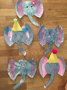 Elephant paper plate craft Circus Theme Crafts, Circus Crafts Preschool, Circus Animal Crafts, Safari Crafts, Jungle Crafts, Carnival Crafts, Preschool Art Projects, Animal Crafts For Kids, Daycare Crafts