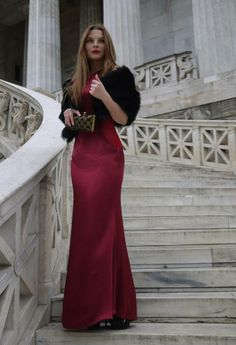 SYLBIA satin dress... the perfect choice for Valentine's day ;)