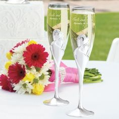 Twin Hearts Toasting Flutes   Heart Flutes for Champagne Toast