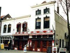 """Gebackerij van den Berg aan de  lange groenendaal The best shop to buy Gouda's famous """"stroopwafels """""""
