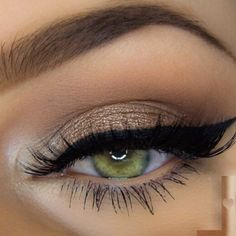 Makeup for green eyes can be done effortlessly and have you stunning all day long but you need to know the tricks at the tip of your fingers to look ...