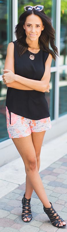 Anthropologie Grey And Coral Women's Abstract Print Shorts by Styled Avenue