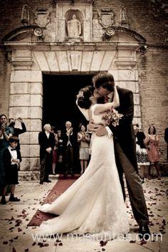 Boda en Sevilla   Novios, fotografia de boda, wedding photographer  www.masjuntos.com