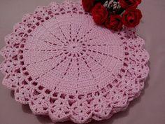 Sousplast de Crochê  feito a mão ...jogo rosa bebê  barbante de ótima qualidade  36 cm ... valor por unidade  6 sousplats na Promoção