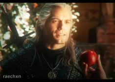The Witcher highlights. Video collage of Netflix series - The Witcher. The Witcher Movie, The Witcher Geralt, Avengers Poster, Yennefer Of Vengerberg, Portrait Sketches, Netflix Series, Henry Cavill, Video Editing, Aesthetic Art