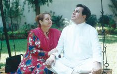 Dilip Kumar and Saira Banu Celebrate Their 50th Wedding Anniversary Today! , http://bostondesiconnection.com/dilip-kumar-saira-banu-celebrate-50th-wedding-anniversary-today/,  #DilipKumar #DilipKumarandSairaBanuCelebrateTheir50thWeddingAnniversaryToday! #SairaBanu