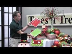 How To Decorate a Christmas Party Table - Trees n Trends - Unique Home Decor. Kevin from Trees n Trends will show you how to decorate a table for a Christmas party. In this video he explains some simple but effective design techniques that will help you Christmas Trends, Christmas Bows, Christmas Angels, All Things Christmas, Christmas Holidays, Christmas Crafts, Holiday Ideas, Christmas Party Table, Christmas Party Decorations