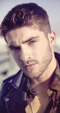 Short Stubble Beard is one of the most popular and professional beard styles used by men, and here are 14 styles that suit it. Cody Christian, Beautiful Men Faces, Gorgeous Men, Professional Beard Styles, Popular Beard Styles, Stubble Beard, Meninos Teen Wolf, Teen Wolf Boys, Handsome Faces