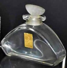 Lalique Perfume Bottle Heliotrope