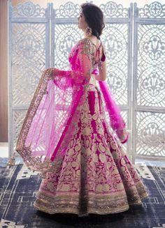 beautifulsouthasianbrides:  Bride's Outfit by Manish Malhotra