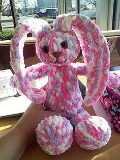 Crochet Amigurumi Rabbit Patterns Make It: Huggy Bunny - Free Crochet Pattern Crochet Bunny Pattern, Crochet Rabbit, Crochet Patterns Amigurumi, Crochet Dolls, Crocheted Toys, Crochet Stitches, Easter Crochet, Cute Crochet, Crochet Baby