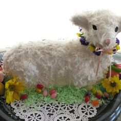 Easter's Sweeter With Lamb, Bunny, & Easter Basket Cakes - Easter desserts are fun to make and decorate. Brighten your table with fun and creative recipes for lamb cakes, carrot cakes, and Easter bunny cupcakes. Easter Bunny Cupcakes, Easter Treats, Easter Cookies, Lamb Cupcakes, Easter Candy, Sheep Cake, Kid Desserts, Easter Desserts, Baking Desserts